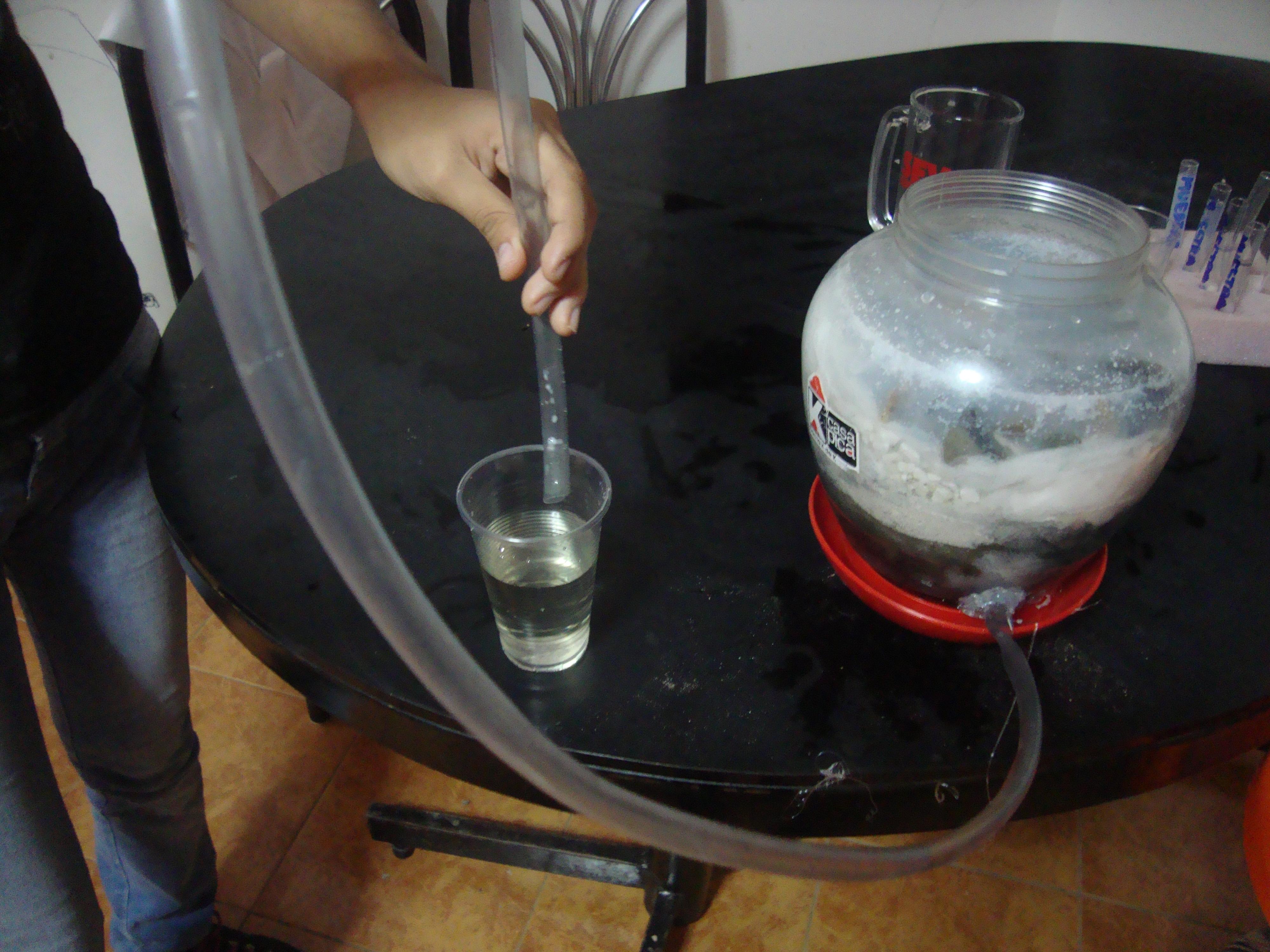 Experimento: Elaboración de un filtro para reciclaje de agua